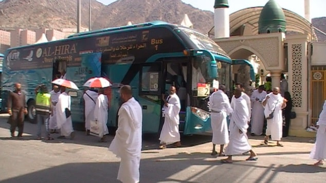 Best Bus Transport Services in Saudi Arabia for Umrah Group